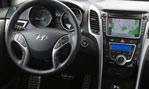 2014-Hyundai-Elantra-GT-inside-2
