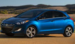 2014-Hyundai-Elantra-GT-waiting-3