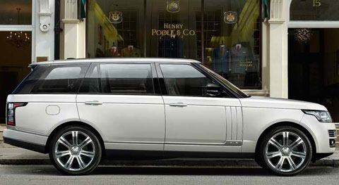 2014-Land-Rover-Range-Rover-LWB-double-parked-B