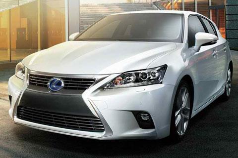2014-Lexus-CT-200h-white-A