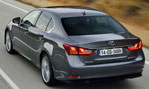 2014-Lexus-GS-300h-going-1