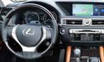 2014-Lexus-GS-300h-inside-3