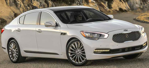 2015-Kia-K900-beachside-A