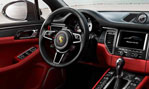 2015-Porsche-Macan-cockpit-1