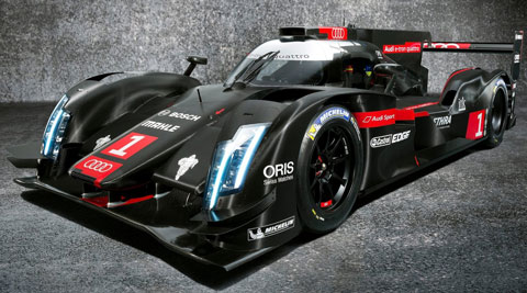 2014-Audi-R18-e-tron-quattro-LMP1-Racecar-from-the-left-B