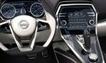 2014-Nissan-Sport-Sedan-Concept-cockpit-3