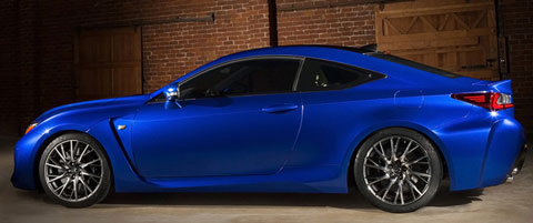 2015-Lexus-RC-F-stored-B