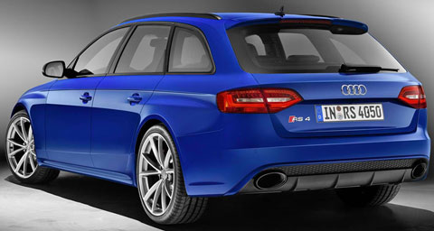 2014-Audi-RS4-Avant-Nogaro-rear-C