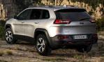 2014-Jeep-Cherokee-EU-Version-stop-3