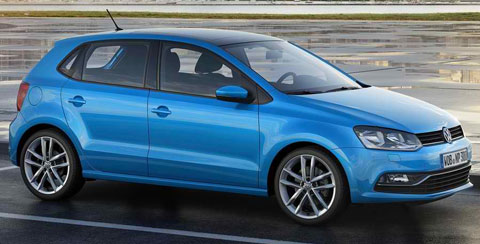 2014-Volkswagen-Polo-wet-A