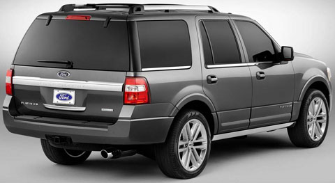 2015-Ford-Expedition-studio-two-B