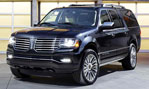 2015-Lincoln-Navigator-at-home-3