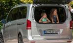 2015-Mercedes-Benz-V-Class-for-da-kids-1