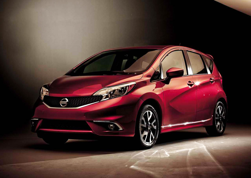 2015 nissan versa note sr pictures mpg. Black Bedroom Furniture Sets. Home Design Ideas