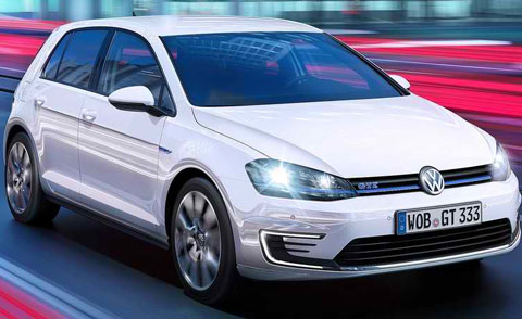 2015-Volkswagen-Golf-GTE-more-A