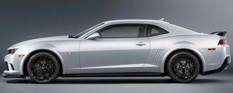 2014-Chevrolet-Camaro-Z28-studio-B