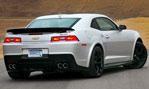2014-Chevrolet-Camaro-Z28-waiting-3