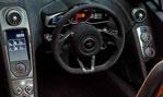 2015-McLaren-650S-Spider-cockpit-3