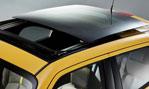 2015-Nissan-Juke-sun-moon-roof-1