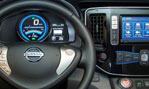 2015-Nissan-e-NV200-cockpit-3