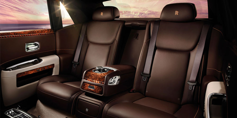 Car world 2015 rolls royce ghost series ii for Rolls royce ghost interior