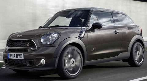 2015-Mini-Paceman-goin-right-A