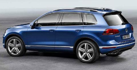 2015-Volkswagen-Touareg-long-in-style-B