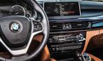 2015-BMW-X6-cockpit-1