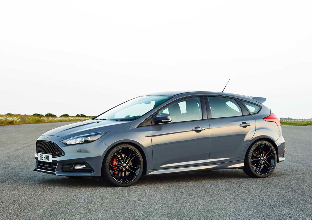 Used Ford Focus St >> 2015 Ford Focus ST Review, Specs & Pictures