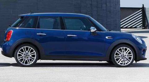 2015-Mini-Cooper-5-door-back-2-back-B
