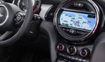 2015-Mini-Cooper-5-door-cockpit-3