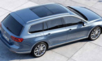 2015-Volkswagen-Passat-Variant-from-the-top-2