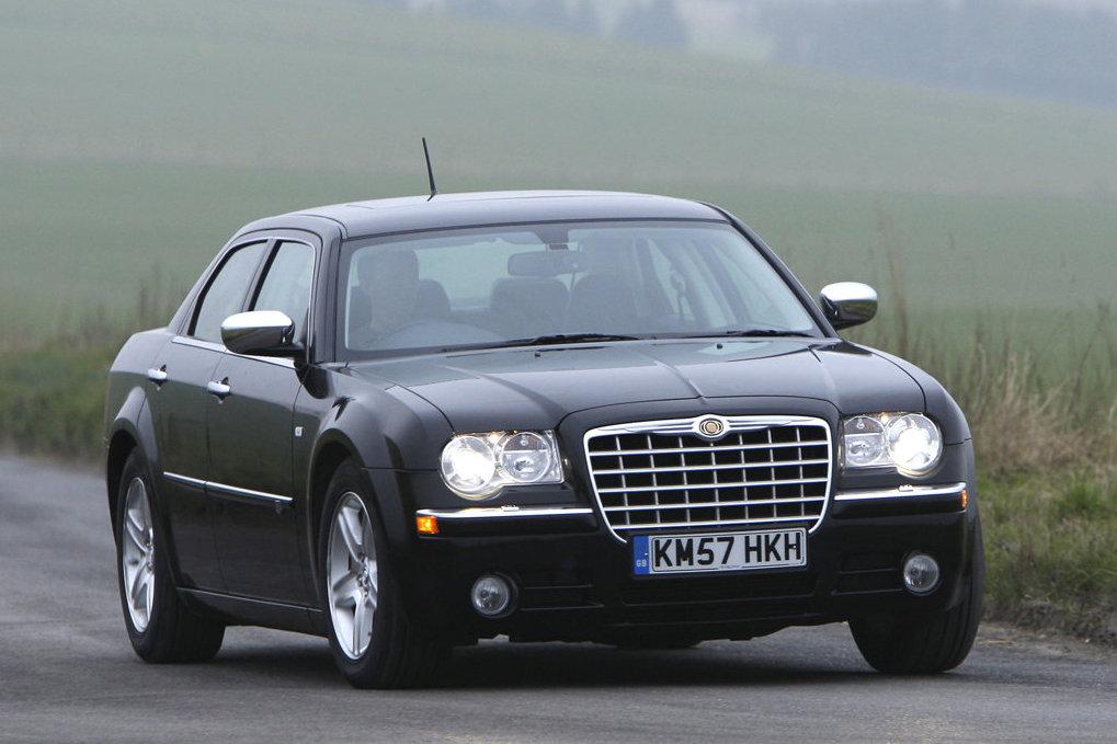 http://www.thesupercars.org/wp-content/uploads/2009/07/Chrysler-300.jpg