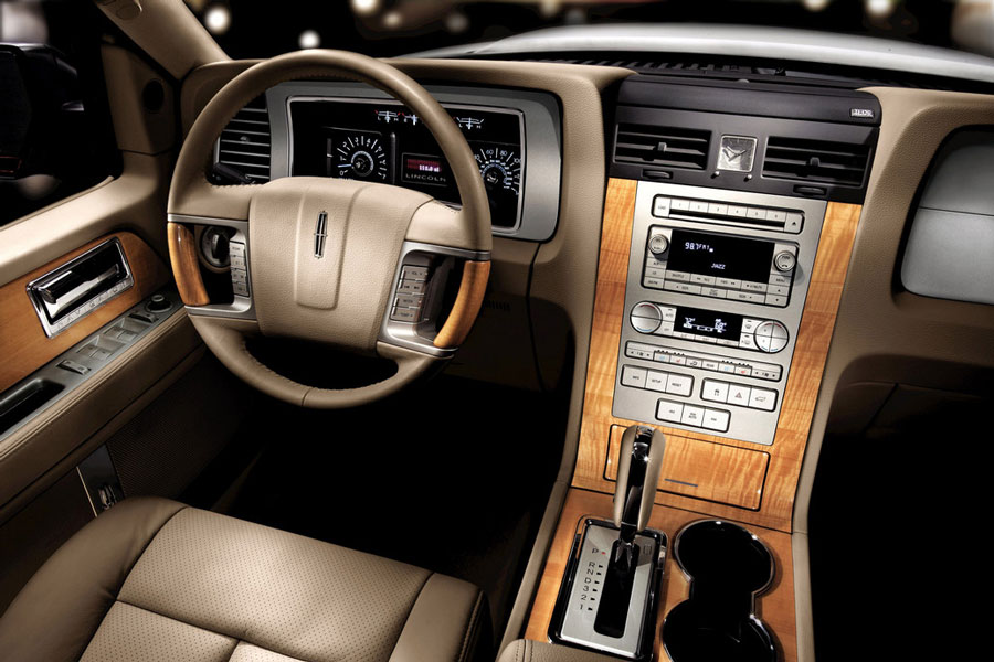 2012 Lincoln Navigator Review, Specs, Pictures, MPG & Price