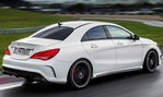 2014-Mercedes-Benz-CLA45-AMG-out-for-a-stroll 4